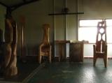 Figura , Zvoník , Stůl a Trůn Adam  v Palírně za dědinou